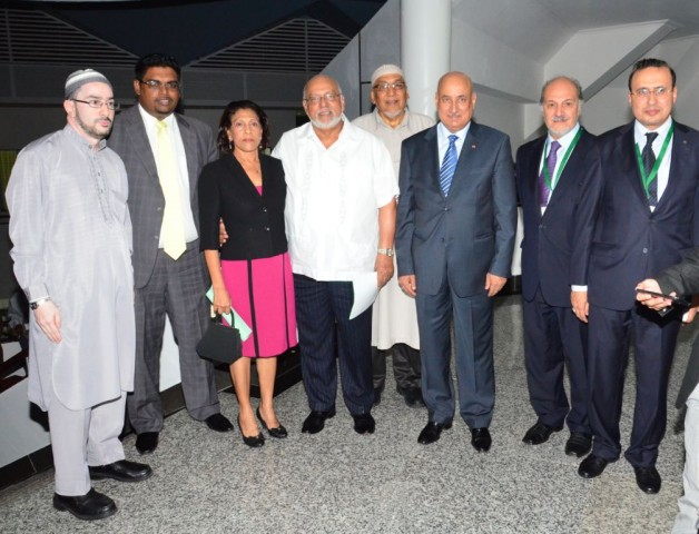 From left to right: CIOG representative Shaik Moeen-ul-Hack, Minister of Housing, and Water Irfaan Ali, First Lady Deolatchmee Ramotar, President Donald Ramotar, CIOG President Fazeel Ferouz, ISESCO Director General Dr. Abdulaziz Otheman Althwaijri and OIPALC representative Muhammed Yusuf Hallar at the 9th Meeting of the Heads of Islamic Cultural Centeres and Associations in Latin America and the Caribbean